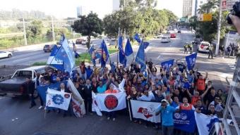 Manifestação contra a decisão da União Européia de Suspender a compra de carne do Brasil